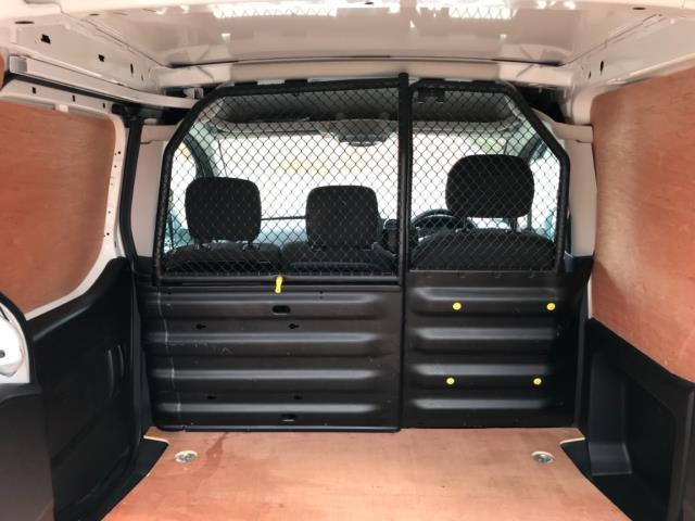 2018 Peugeot Partner 850 1.6 Bluehdi 100 Professional Van [Non Ss] Euro 6 (NV67OZT) Image 38
