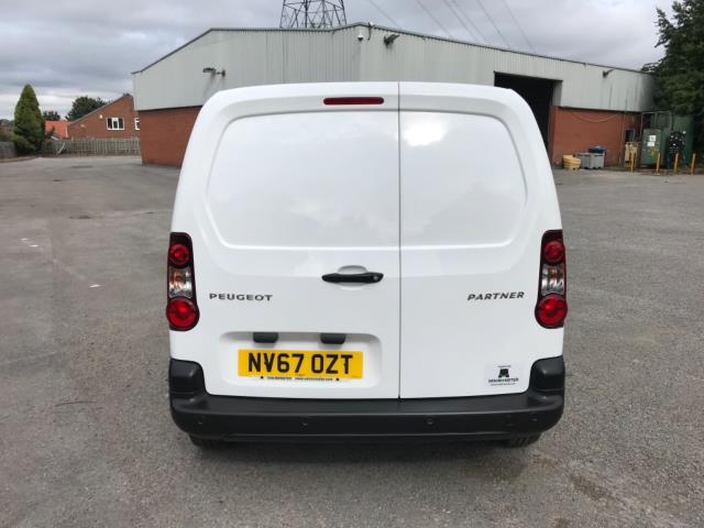2018 Peugeot Partner 850 1.6 Bluehdi 100 Professional Van [Non Ss] Euro 6 (NV67OZT) Image 6