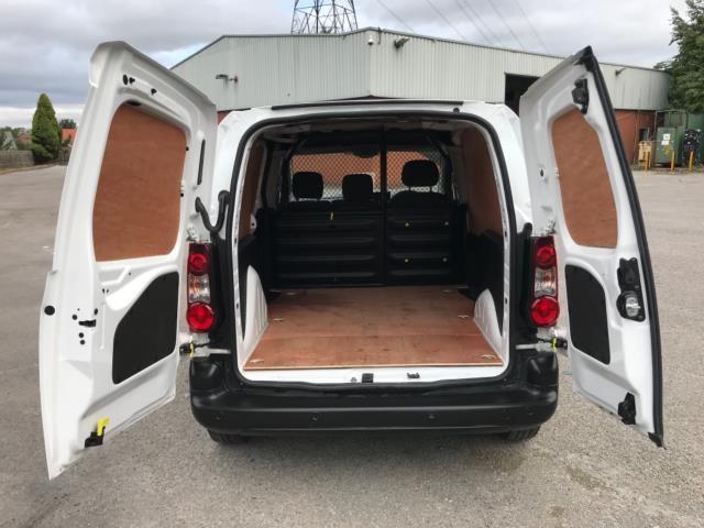 2018 Peugeot Partner 850 1.6 Bluehdi 100 Professional Van [Non Ss] Euro 6 (NV67OZT) Image 36