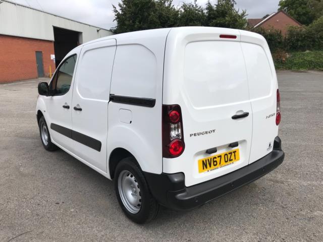 2018 Peugeot Partner 850 1.6 Bluehdi 100 Professional Van [Non Ss] Euro 6 (NV67OZT) Image 5