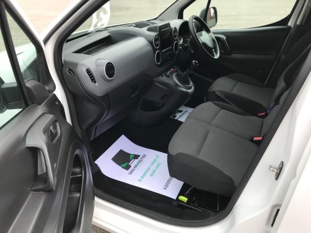 2018 Peugeot Partner 850 1.6 Bluehdi 100 Professional Van [Non Ss] Euro 6 (NV67OZT) Image 27