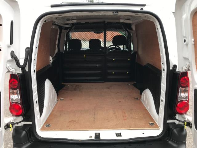 2018 Peugeot Partner 850 1.6 Bluehdi 100 Professional Van [Non Ss] Euro 6 (NV67PCY) Image 34