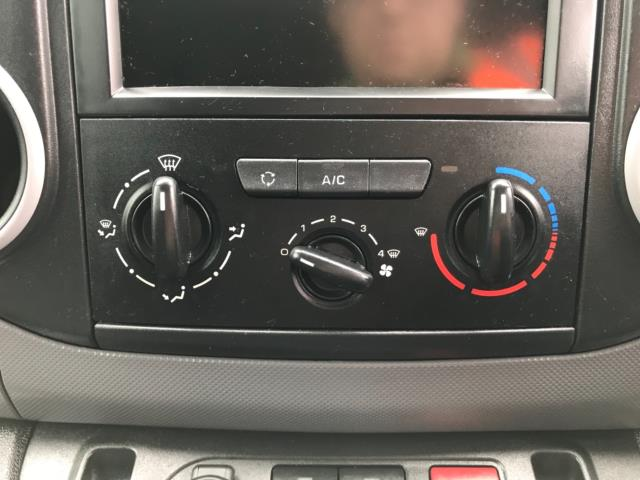 2018 Peugeot Partner 850 1.6 Bluehdi 100 Professional Van [Non Ss] Euro 6 (NV67PCY) Image 23