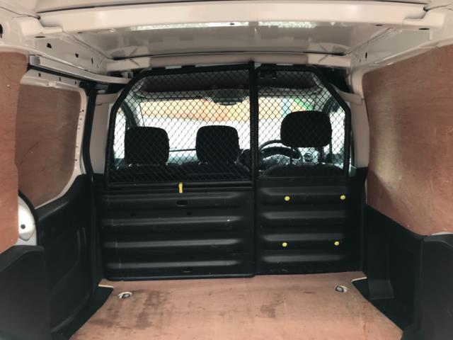 2018 Peugeot Partner 850 1.6 Bluehdi 100 Professional Van [Non Ss] Euro 6 (NV67PCY) Image 35