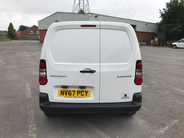 2018 Peugeot Partner 850 1.6 Bluehdi 100 Professional Van [Non Ss] Euro 6 (NV67PCY) Image 6