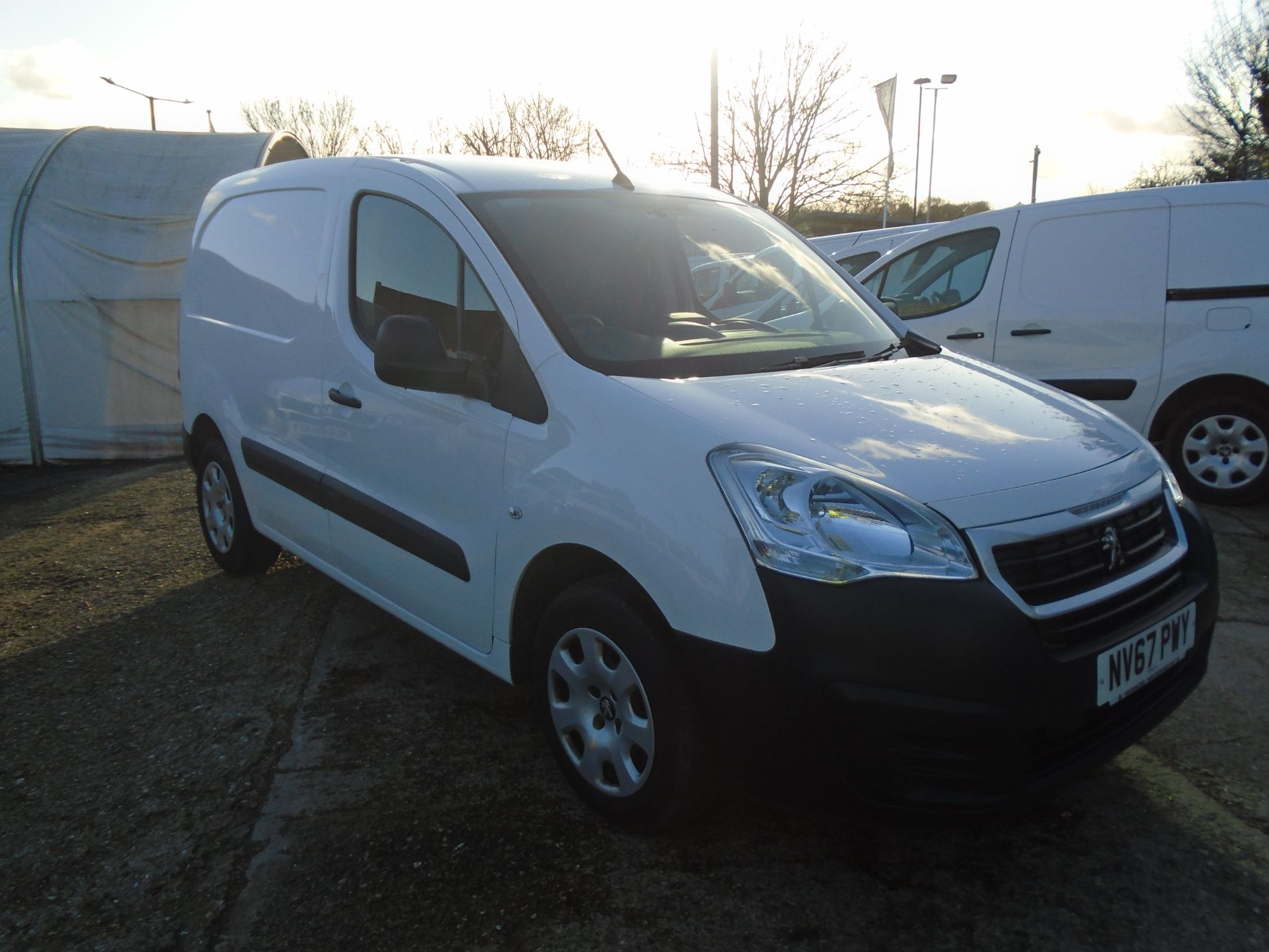 2018 Peugeot Partner 850 1.6 Bluehdi 100 Professional Van [Non Ss] (NV67PWY)