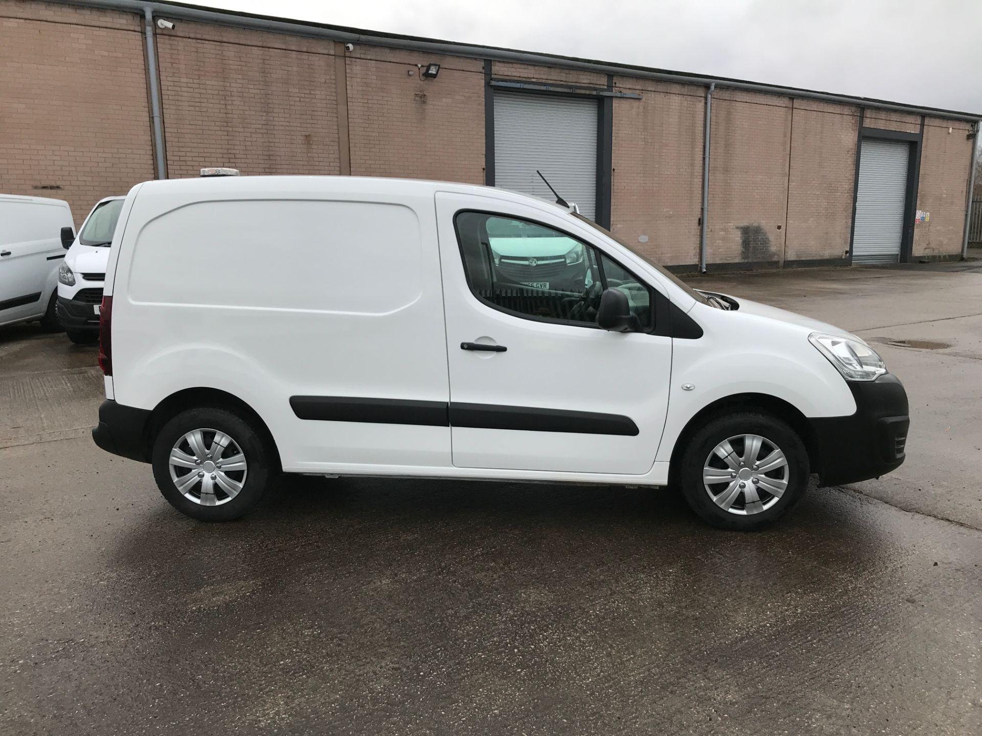 2018 Peugeot Partner L1 850 1.6BLUEHDI 100PS PROFESSIONAL EURO 6 (NV67PXC) Image 7