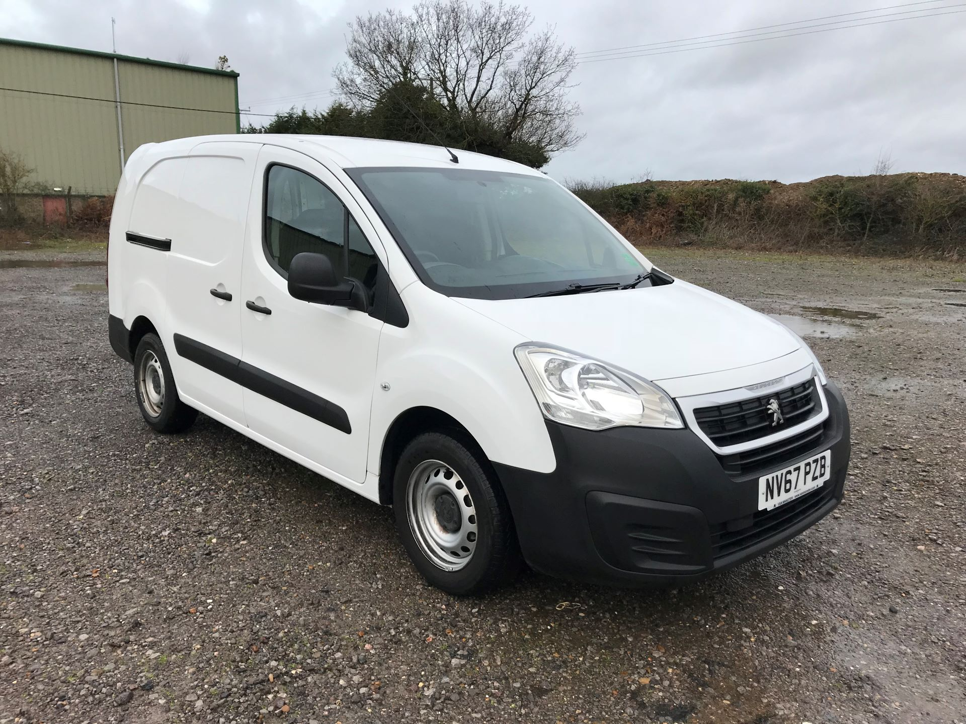 2018 Peugeot Partner 715 S 1.6 Bluehdi 100 Crew Van Euro 6 *Restricted to 69MPH* (NV67PZB)