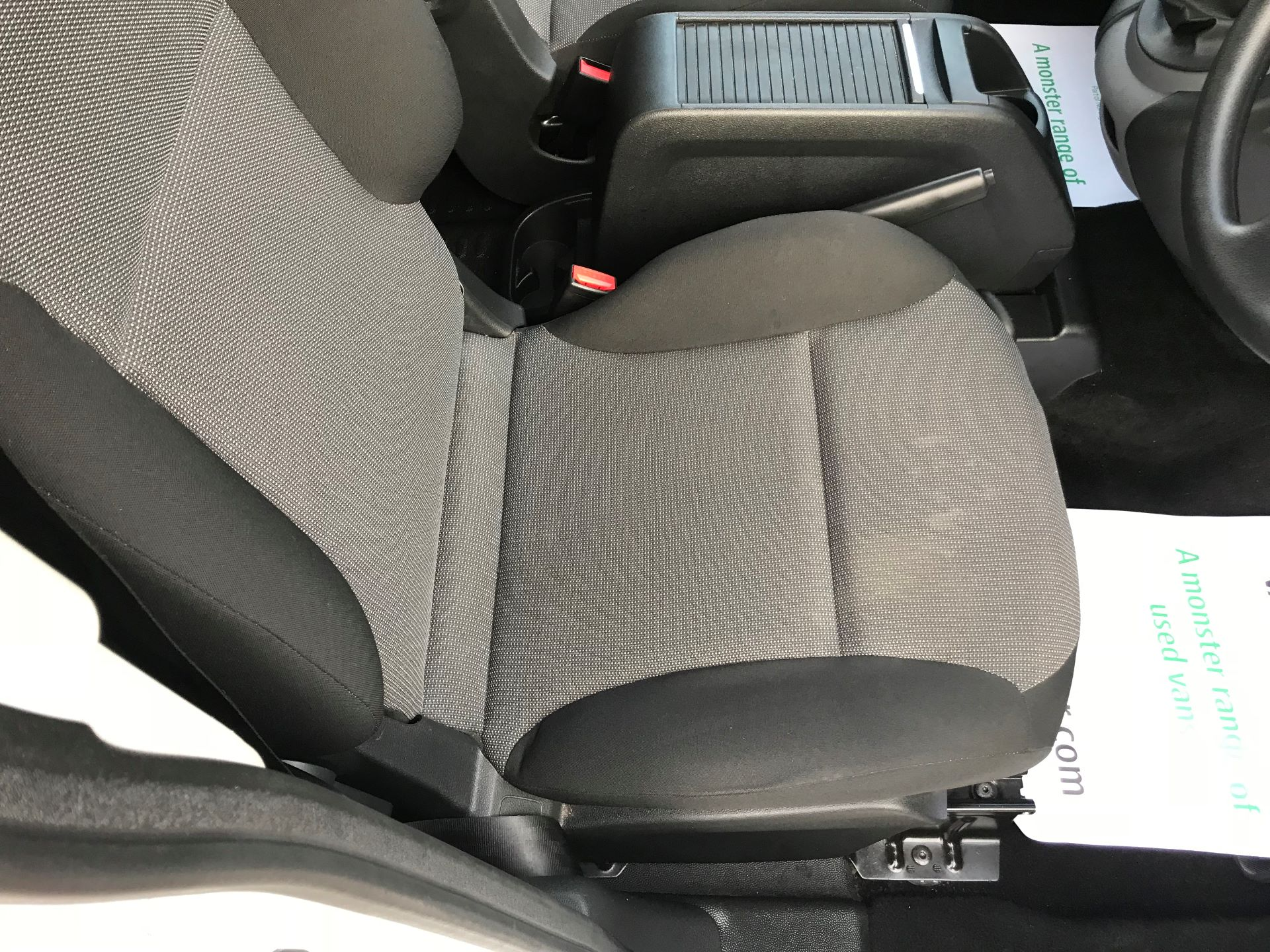 2018 Peugeot Partner  L2 715 S 1.6 BLUEHDI 100 CREW VAN EURO 6 *Restricted to 70MPH* (NV67PZC) Image 29