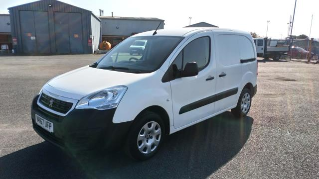 2018 Peugeot Partner 850 1.6 Bluehdi 100 Professional Van [Non Ss] Limited To 70MPH  (NV67UFP) Image 3