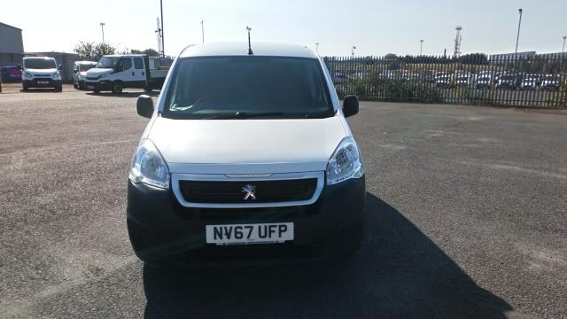 2018 Peugeot Partner 850 1.6 Bluehdi 100 Professional Van [Non Ss] Limited To 70MPH  (NV67UFP) Image 2