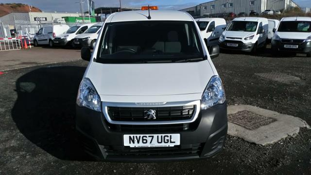 2018 Peugeot Partner 850 1.6 Bluehdi 100 Professional Van [Non Ss] (NV67UGL) Image 7
