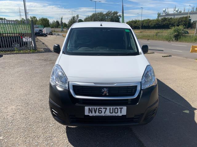 2018 Peugeot Partner L2 750 S 1.6 Blue HDI 100 Van (Non S/S) Euro 6 (NV67UOT) Image 2