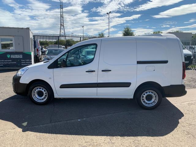 2018 Peugeot Partner L2 750 S 1.6 Blue HDI 100 Van (Non S/S) Euro 6 (NV67UOT) Image 7