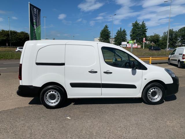 2018 Peugeot Partner L2 750 S 1.6 Blue HDI 100 Van (Non S/S) Euro 6 (NV67UOT) Image 13