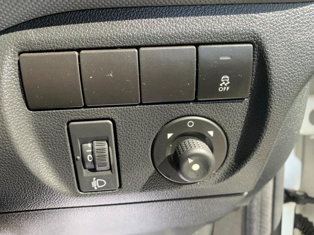 2018 Peugeot Partner L2 750 S 1.6 Blue HDI 100 Van (Non S/S) Euro 6 (NV67UOT) Image 22
