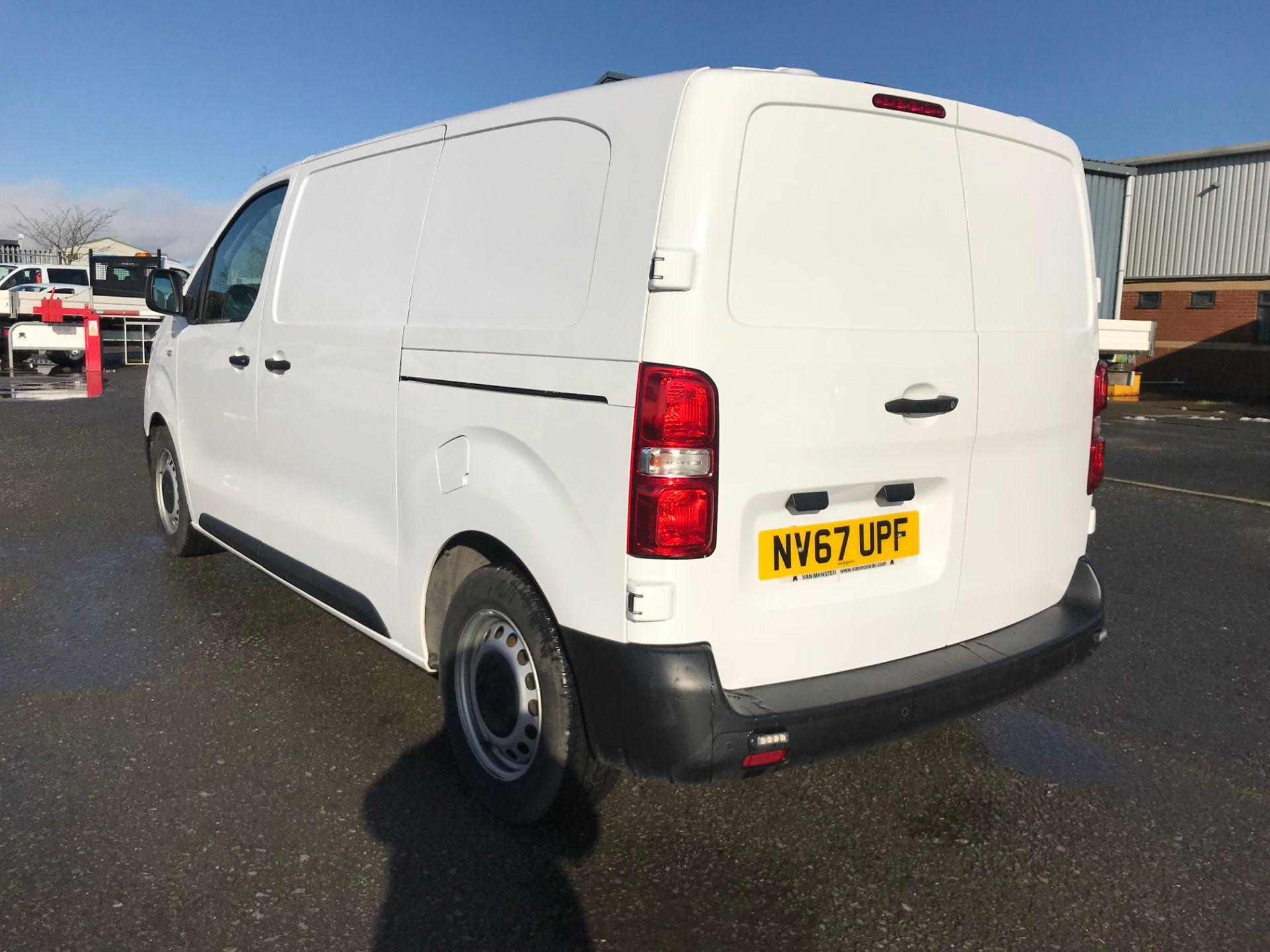 2018 Peugeot Expert 1000 1.6 Bluehdi 95 Professional Van (NV67UPF) Image 5