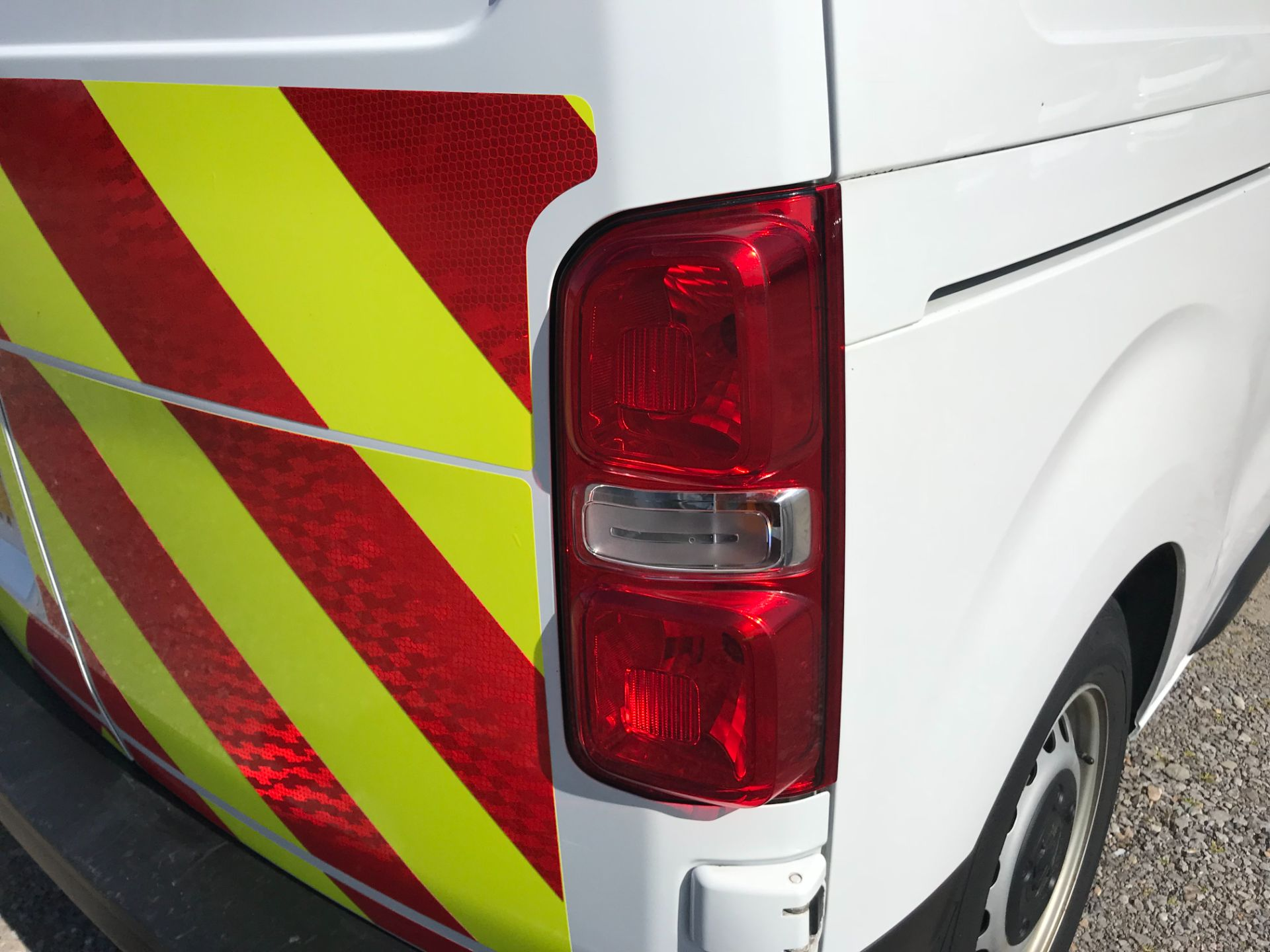 2018 Peugeot Expert STANDARD 1000 1.6 BLUEHDI 95 PROFESSIONAL EURO 6 (NV67UPN) Image 47