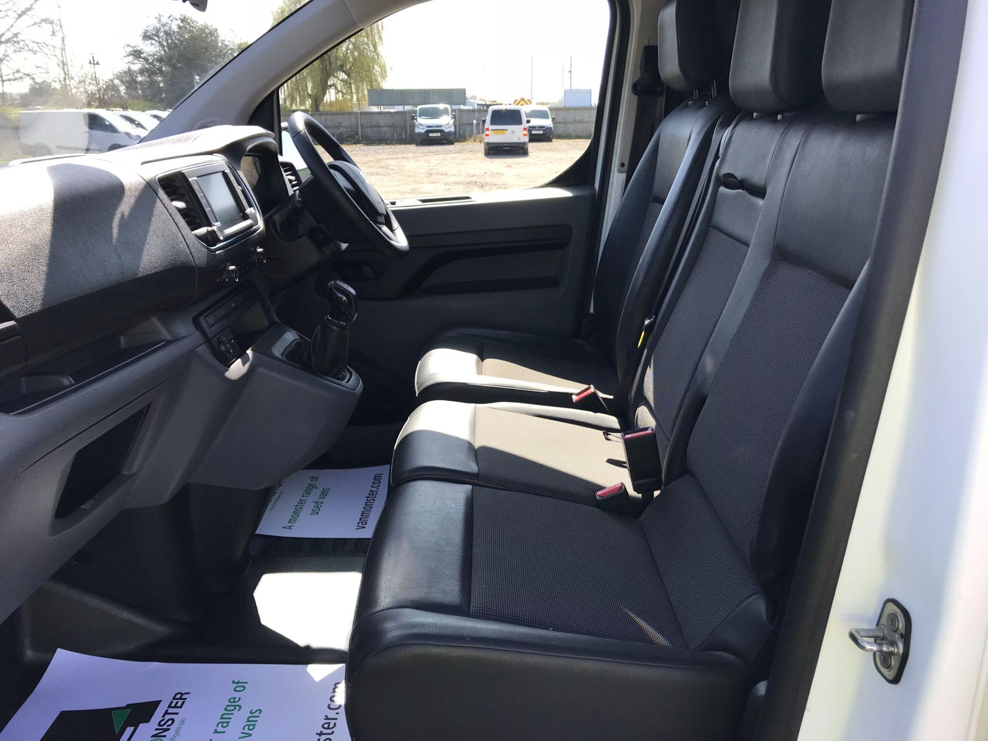 2018 Peugeot Expert STANDARD 1000 1.6 BLUEHDI 95 PROFESSIONAL EURO 6 (NV67UPN) Image 23
