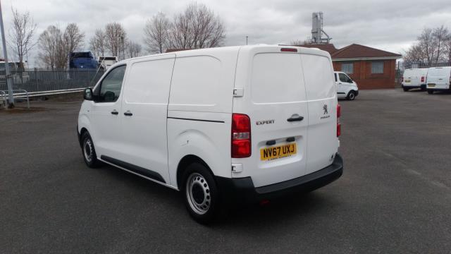 2018 Peugeot Expert 1000 1.6 Bluehdi 95 Professional Van (NV67UXJ) Image 5