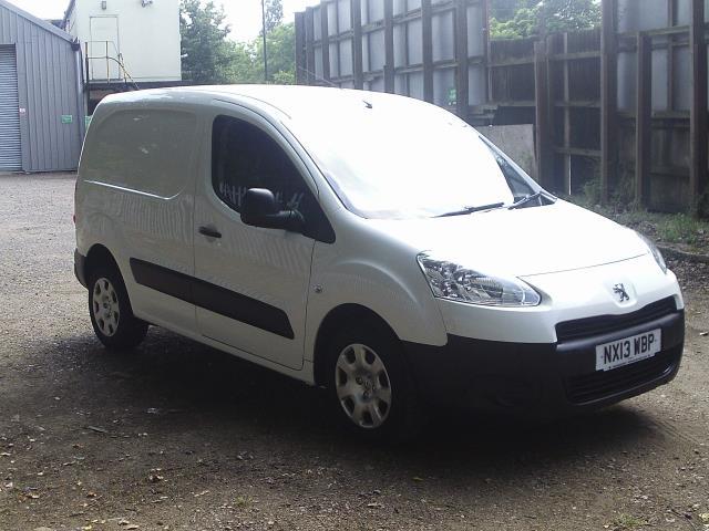 2013 Peugeot Partner L1 850 S 1.6 92PS (SLD) EURO 5 (NX13WBP)
