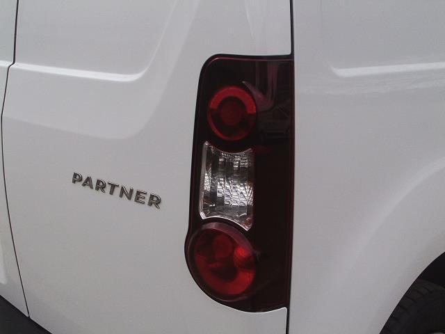 2014 Peugeot Partner L1 850 S 1.6 92PS (SLD) EURO 5 (NX14KSN) Image 16