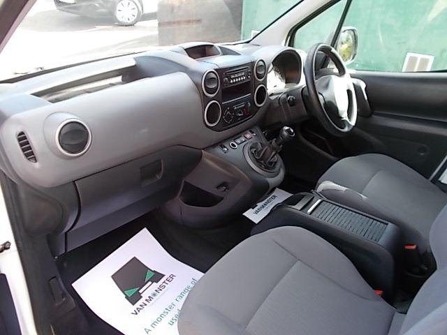2014 Peugeot Partner L1 850 S 1.6 92PS (SLD) EURO 5 (NX14VBJ) Image 17