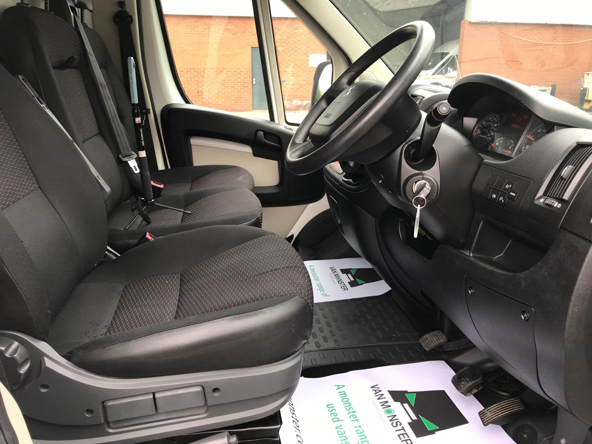 2015 Peugeot Boxer 2.2 Hdi LUTON LOW LOADER 130Ps (NX15BHY) Image 9