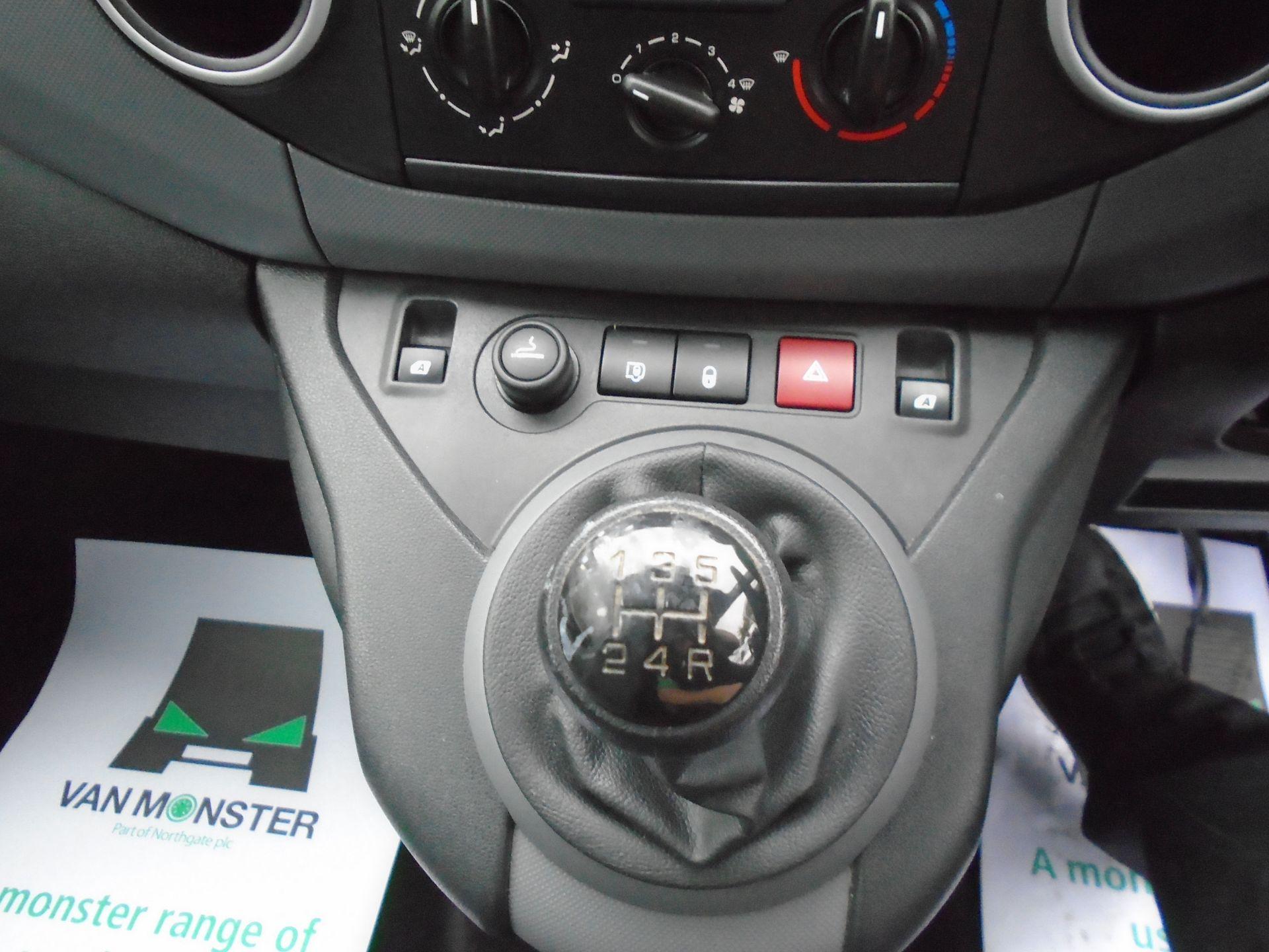 2015 Peugeot Partner L1 850 S 1.6 92PS (SLD) EURO 5 (NX15HGG) Image 23