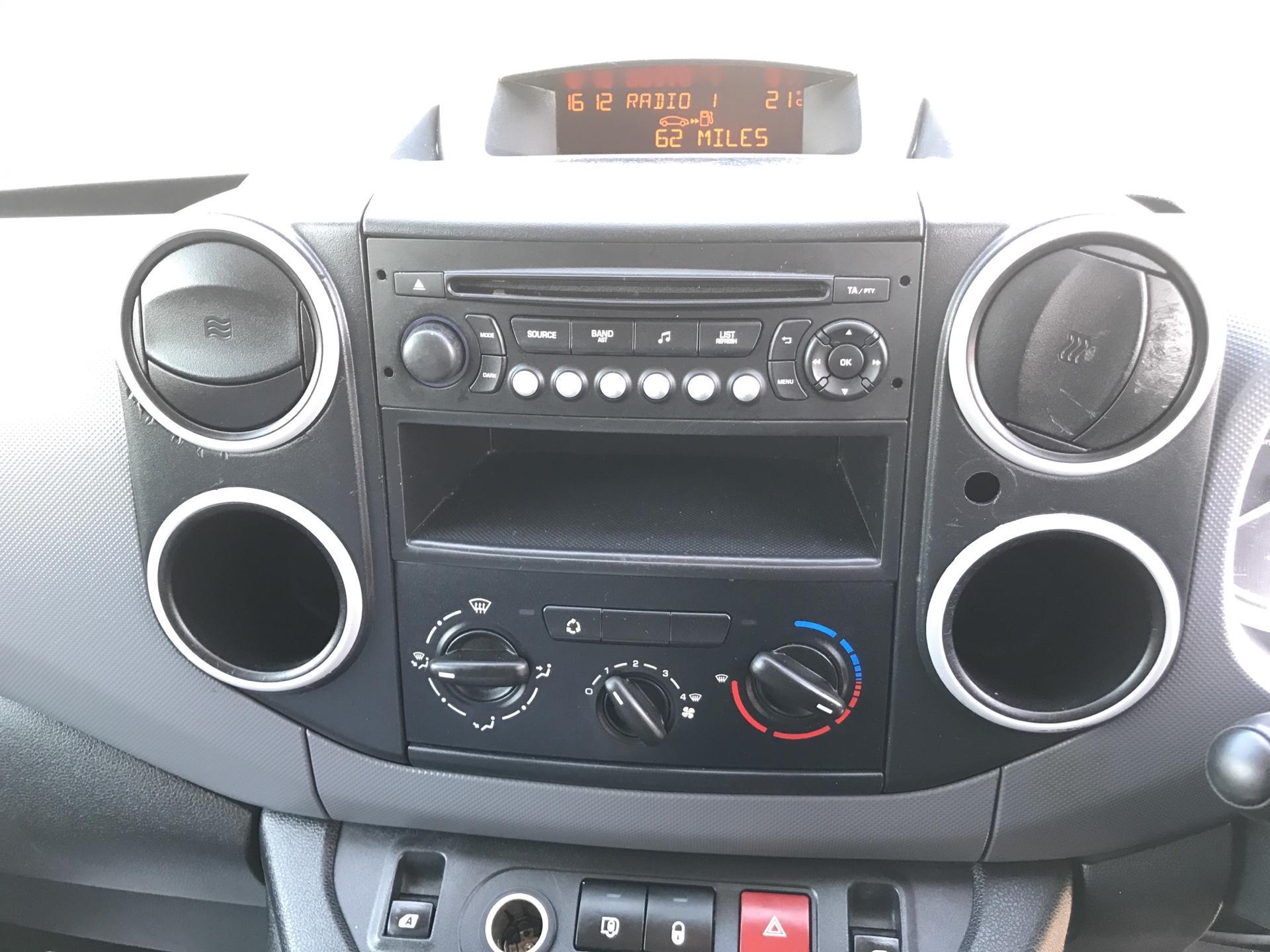 2015 Peugeot Partner L1 850 S 1.6 92PS (SLD) EURO 5 (NX15XEA) Image 10