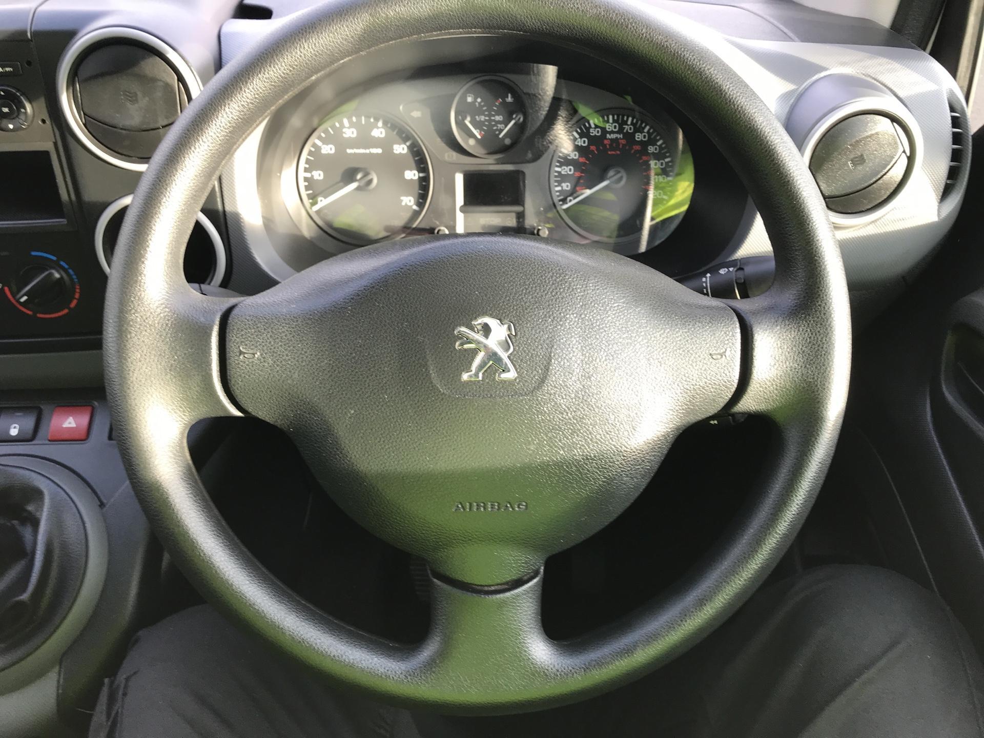 2015 Peugeot Partner L1 850 S 1.6 92PS (SLD) EURO 5 (NX15XXT) Image 12