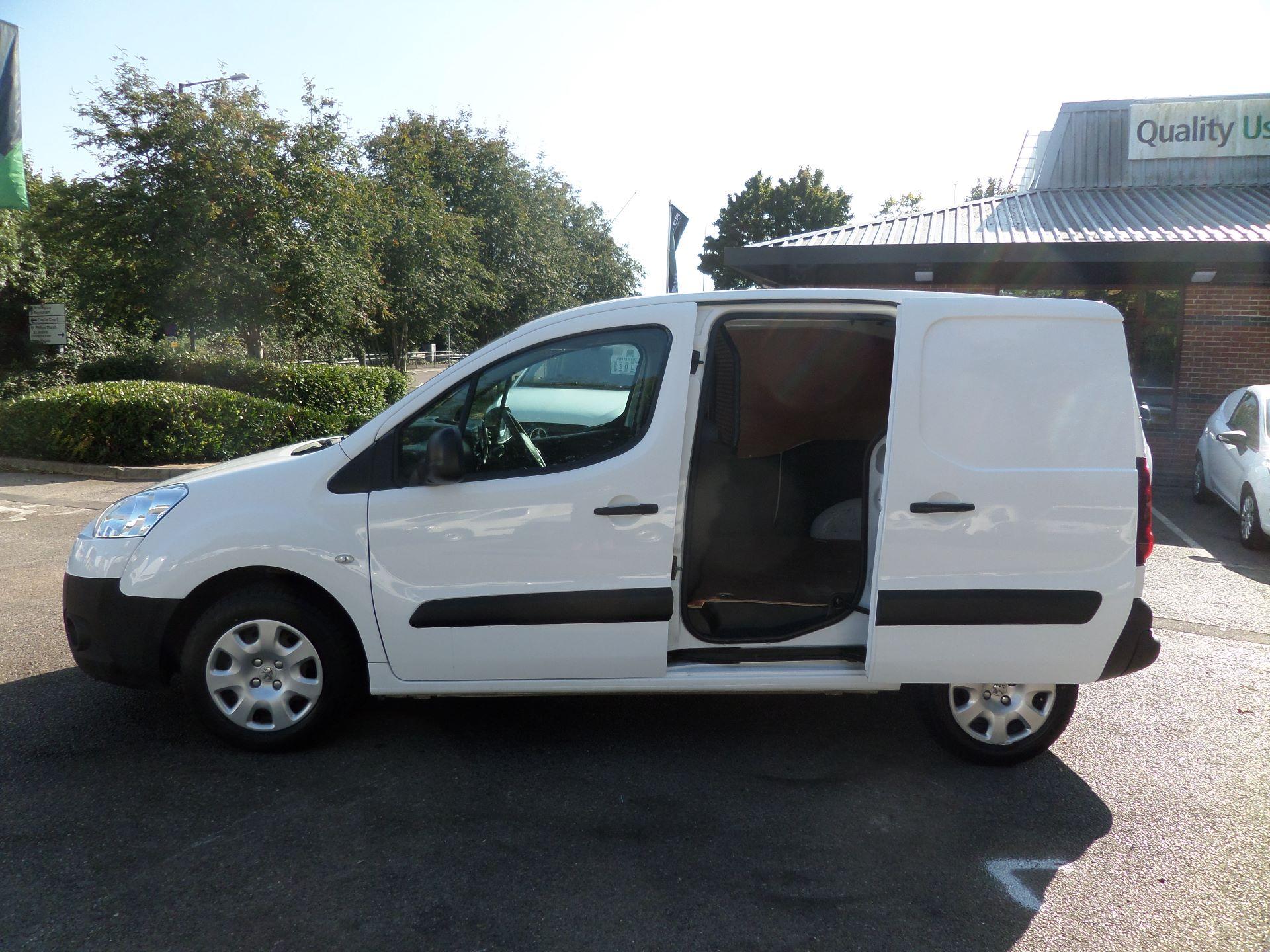 2015 Peugeot Partner 850 S 1.6 Hdi 92 Van [Sld] Euro 5 (NX15ZLK) Image 7