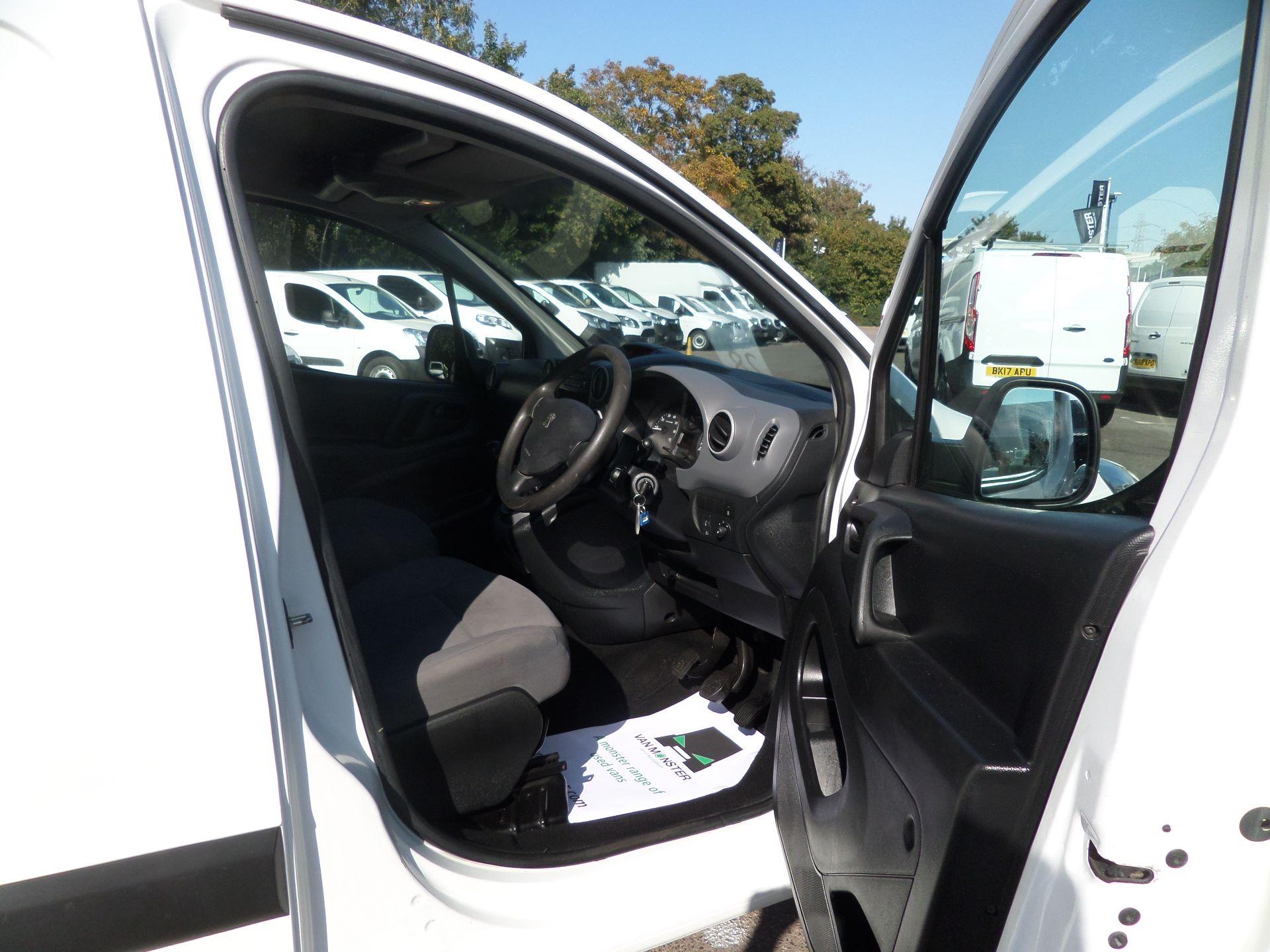2015 Peugeot Partner 850 S 1.6 Hdi 92 Van [Sld] Euro 5 (NX15ZLK) Image 11