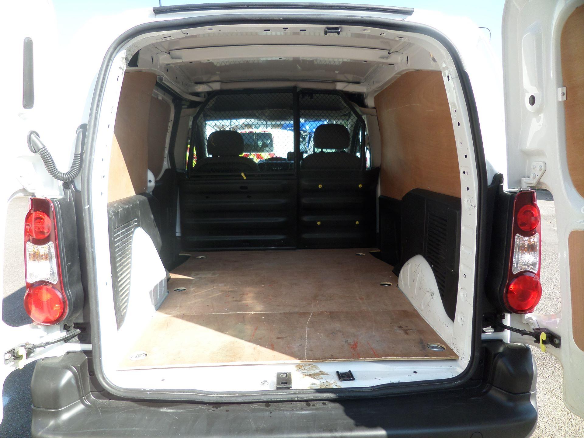 2015 Peugeot Partner 850 S 1.6 Hdi 92 Van [Sld] Euro 5 (NX15ZLK) Image 5