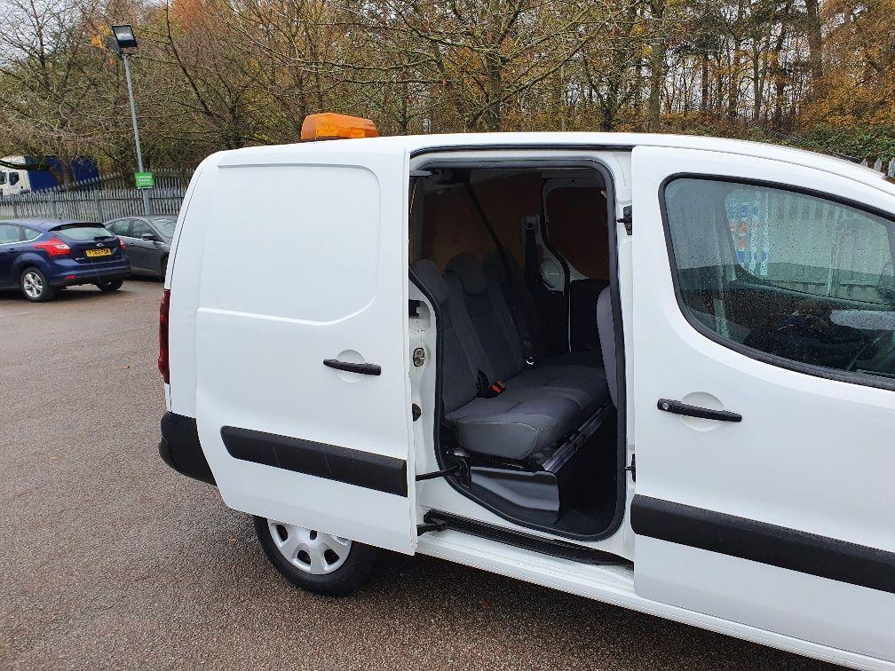 2016 Peugeot Partner 715 S 1.6 Hdi 92 Crew Van (NX16XXF) Image 5