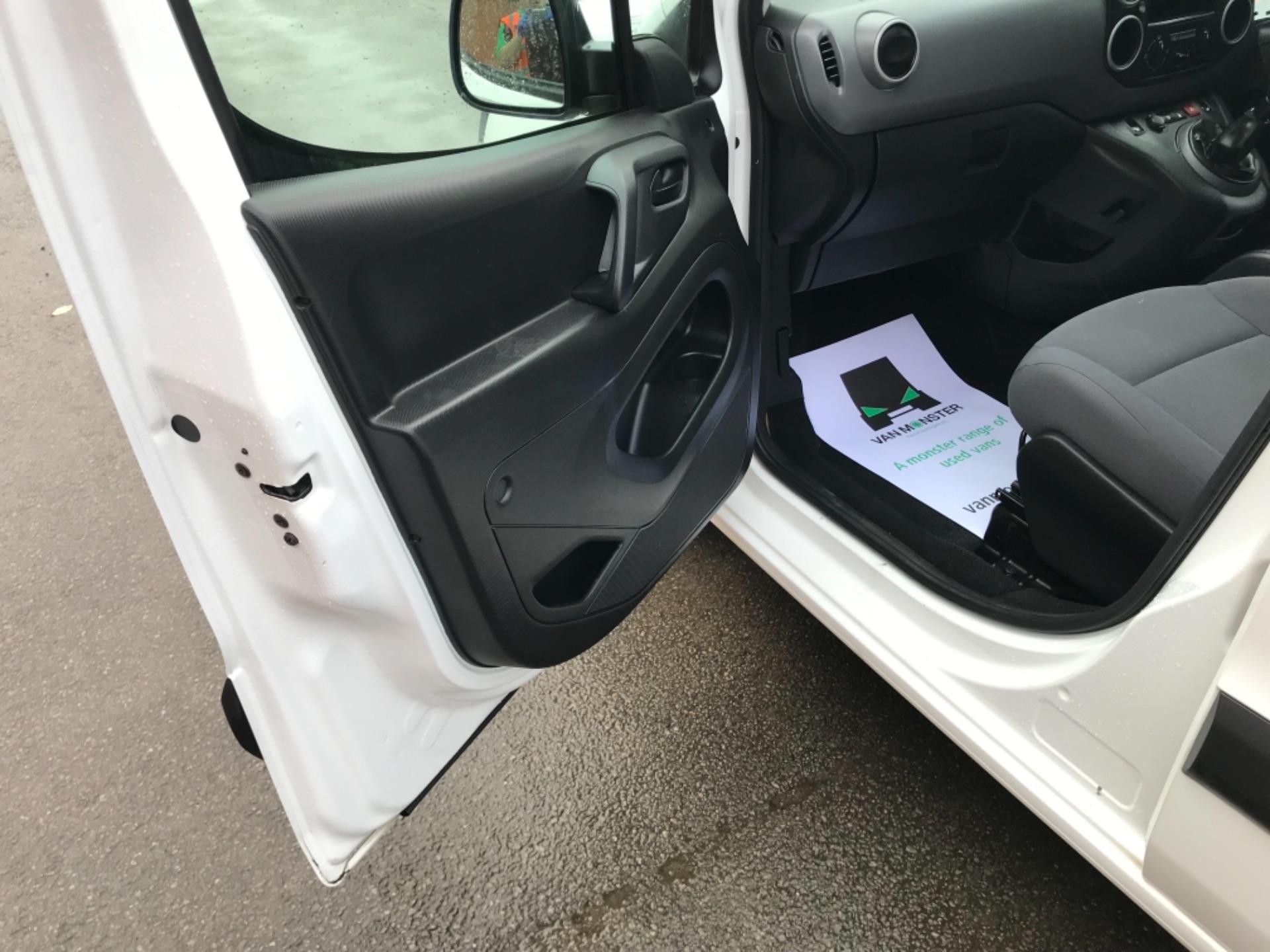 2016 Peugeot Partner L1 850 S 1.6 92PS (SLD) EURO 5 (NX16XXM) Image 25