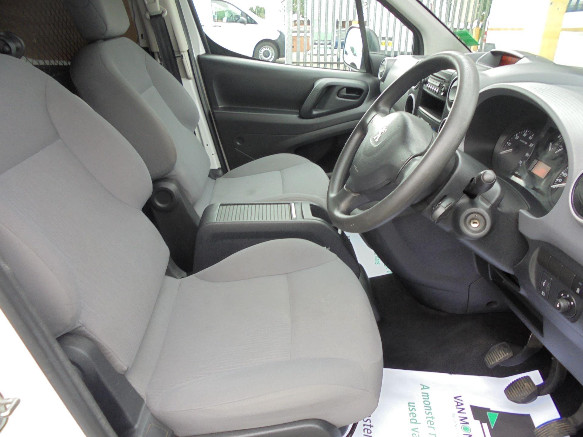 2016 Peugeot Partner L1 850 S 1.6 92PS (SLD) EURO 5 (NX16XYC) Image 9