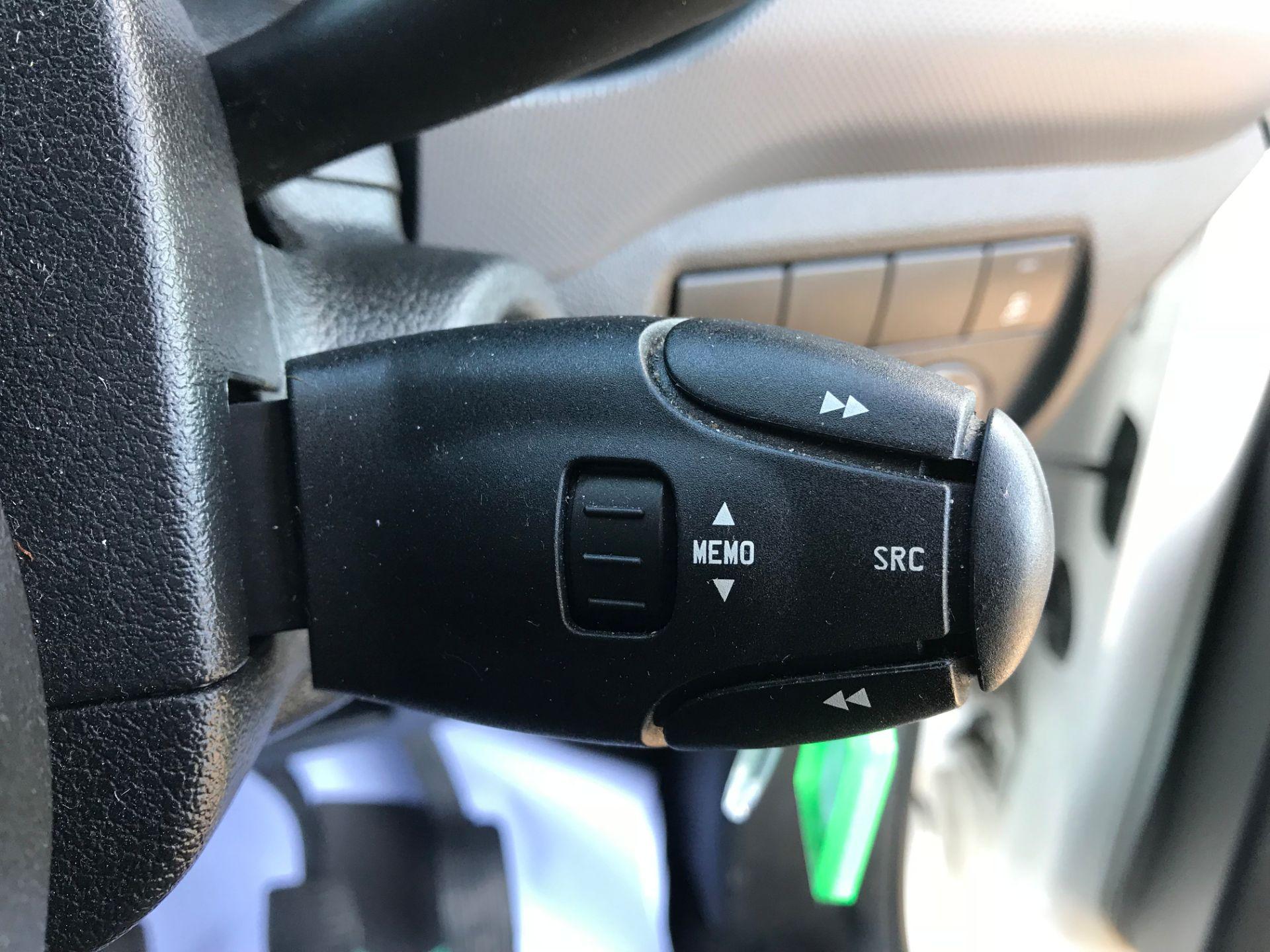 2016 Peugeot Partner L1 850 S 1.6 92PS [SLD] EURO 5 (NX16YMP) Image 19