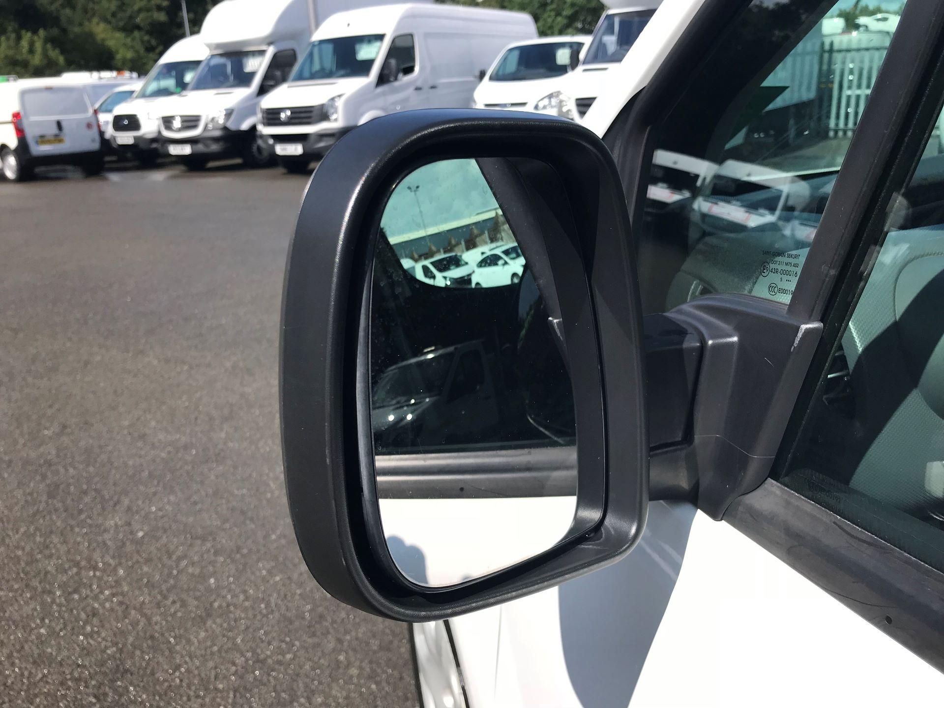 2016 Peugeot Partner L1 850 S 1.6 92PS [SLD] EURO 5 (NX16YOK) Image 11