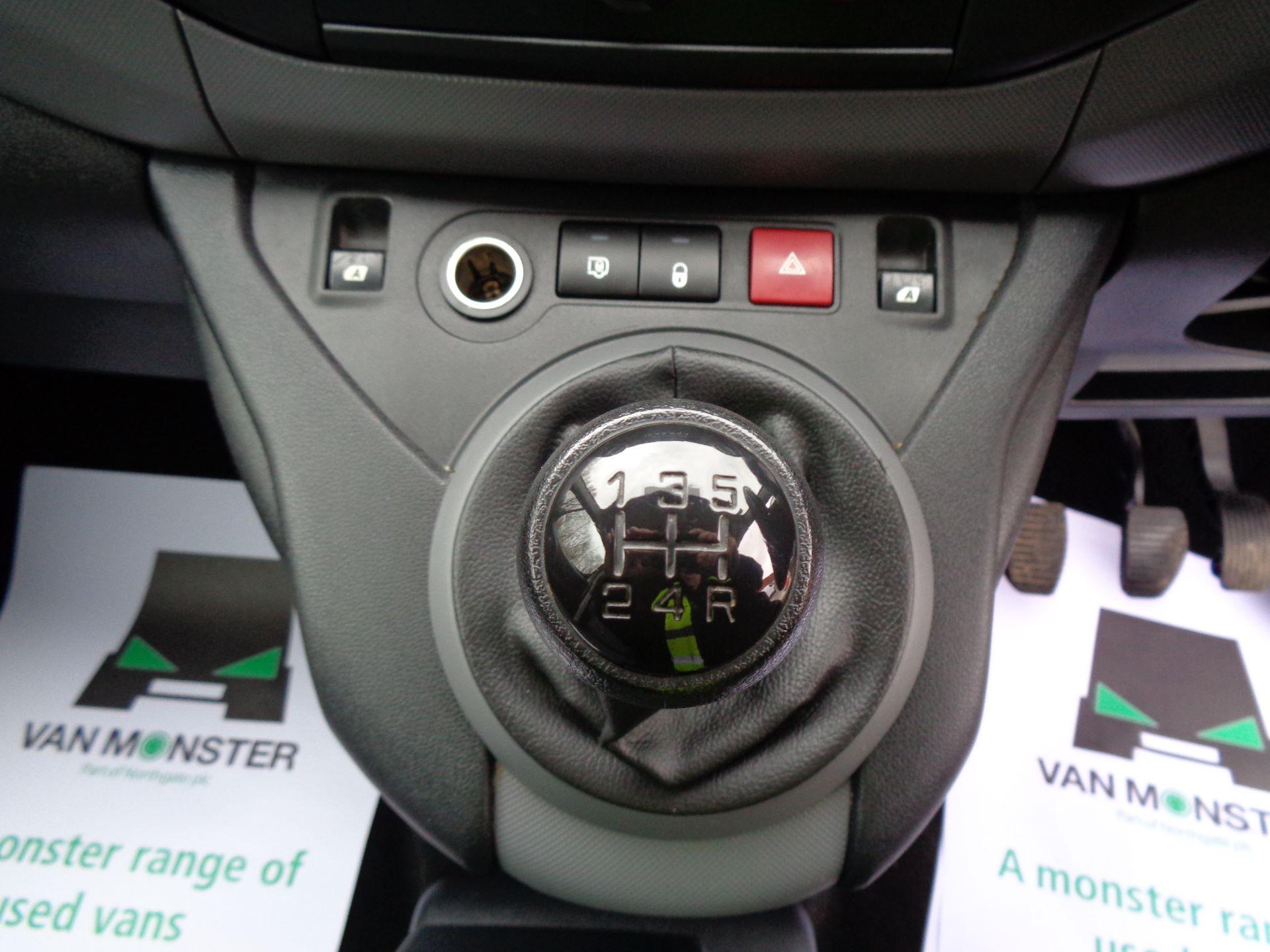 2016 Peugeot Partner L1 850 S 1.6 92PS [SLD] EURO 5 (NX16YOY) Image 23