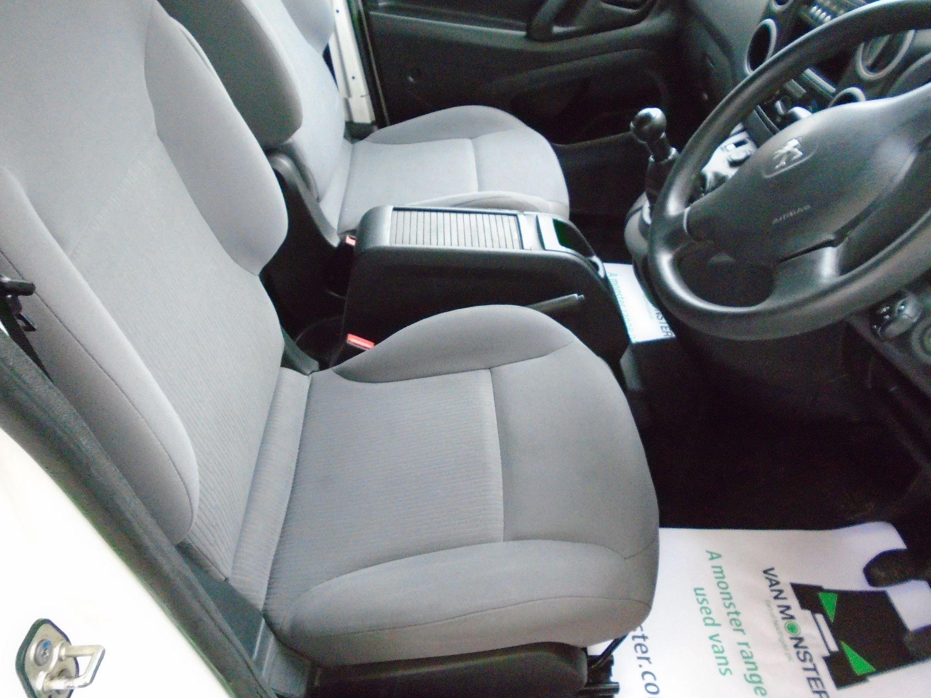 2016 Peugeot Partner 850 S 1.6 Hdi 92 Van [Sld(EURO5) (NX16YPM) Image 16