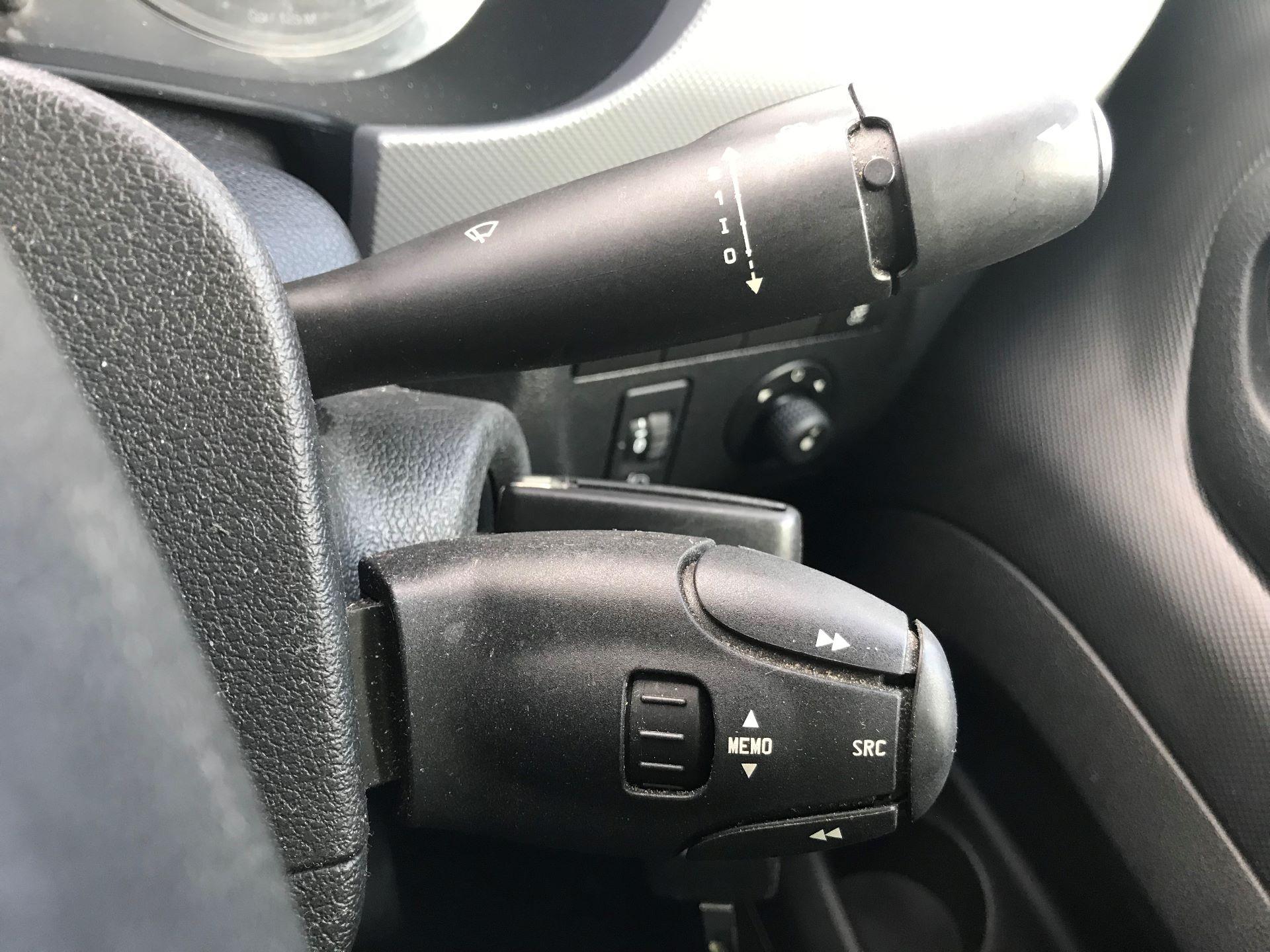 2016 Peugeot Partner L1 850 S 1.6 92PS [SLD] EURO 5 (NX16YRN) Image 28