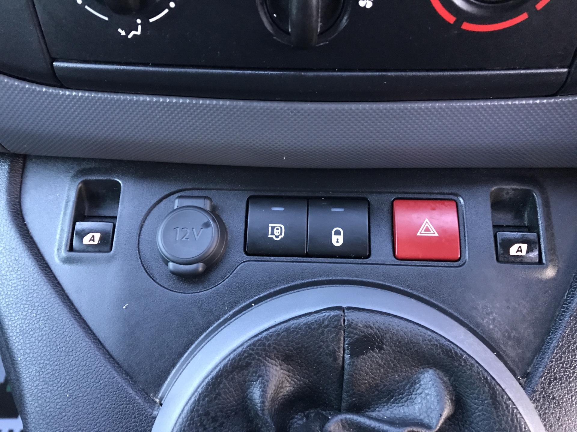 2016 Peugeot Partner L2 715 S 1.6 92PS CREW VAN EURO 5 (NX16YTS) Image 25