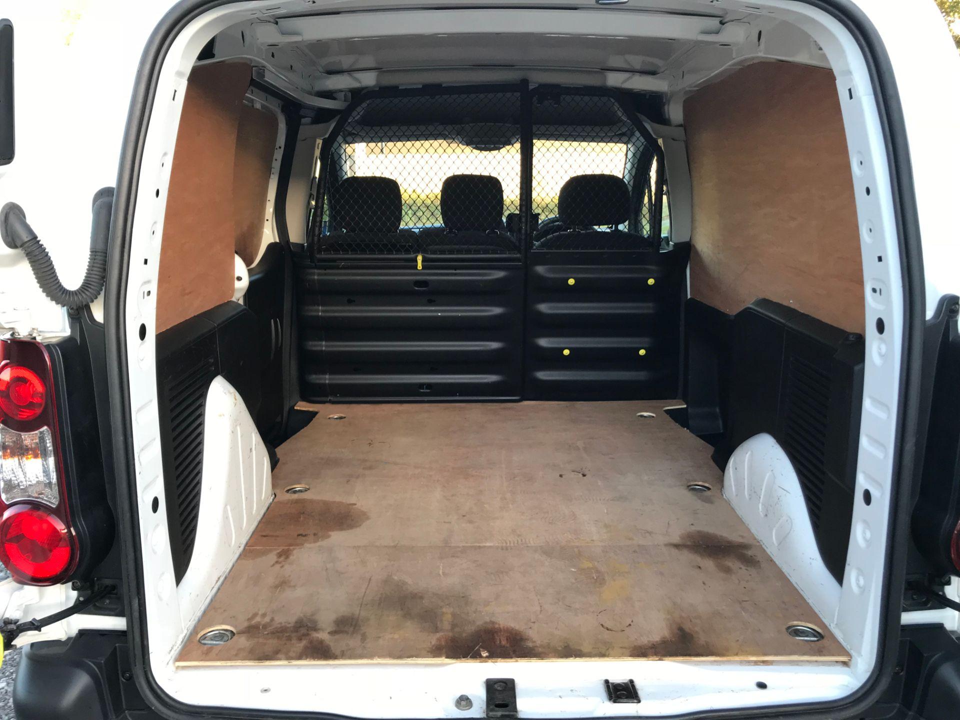 2017 Peugeot Partner 850 1.6 Bluehdi 100 Professional Van [Non Ss] (NX17HVT) Image 12