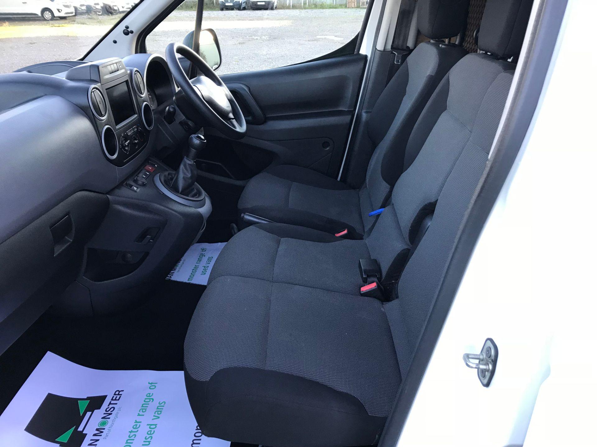 2017 Peugeot Partner 850 1.6 Bluehdi 100 Professional Van [Non Ss] (NX17HVT) Image 16