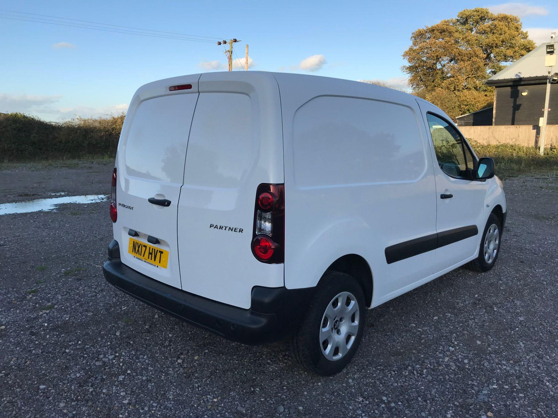 2017 Peugeot Partner 850 1.6 Bluehdi 100 Professional Van [Non Ss] (NX17HVT) Image 4
