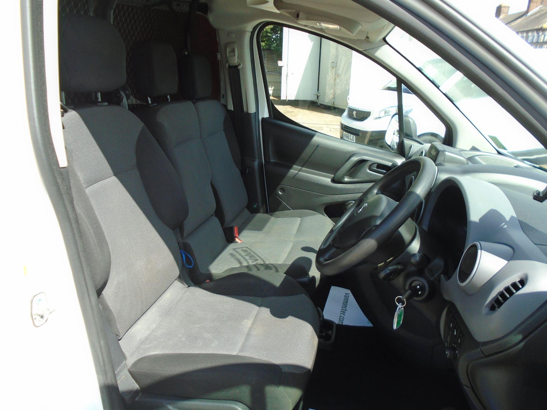 2017 Peugeot Partner 850 1.6 Bluehdi 100 Professional Van [Non Ss] (NX17TGN) Image 21