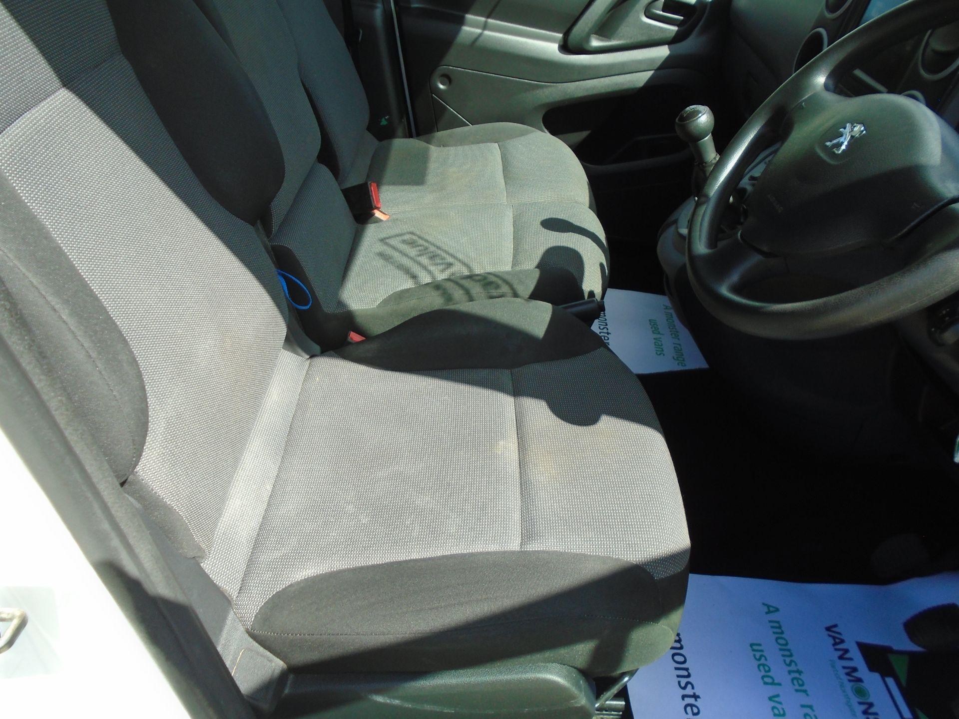 2017 Peugeot Partner 850 1.6 Bluehdi 100 Professional Van [Non Ss] (NX17TGN) Image 22