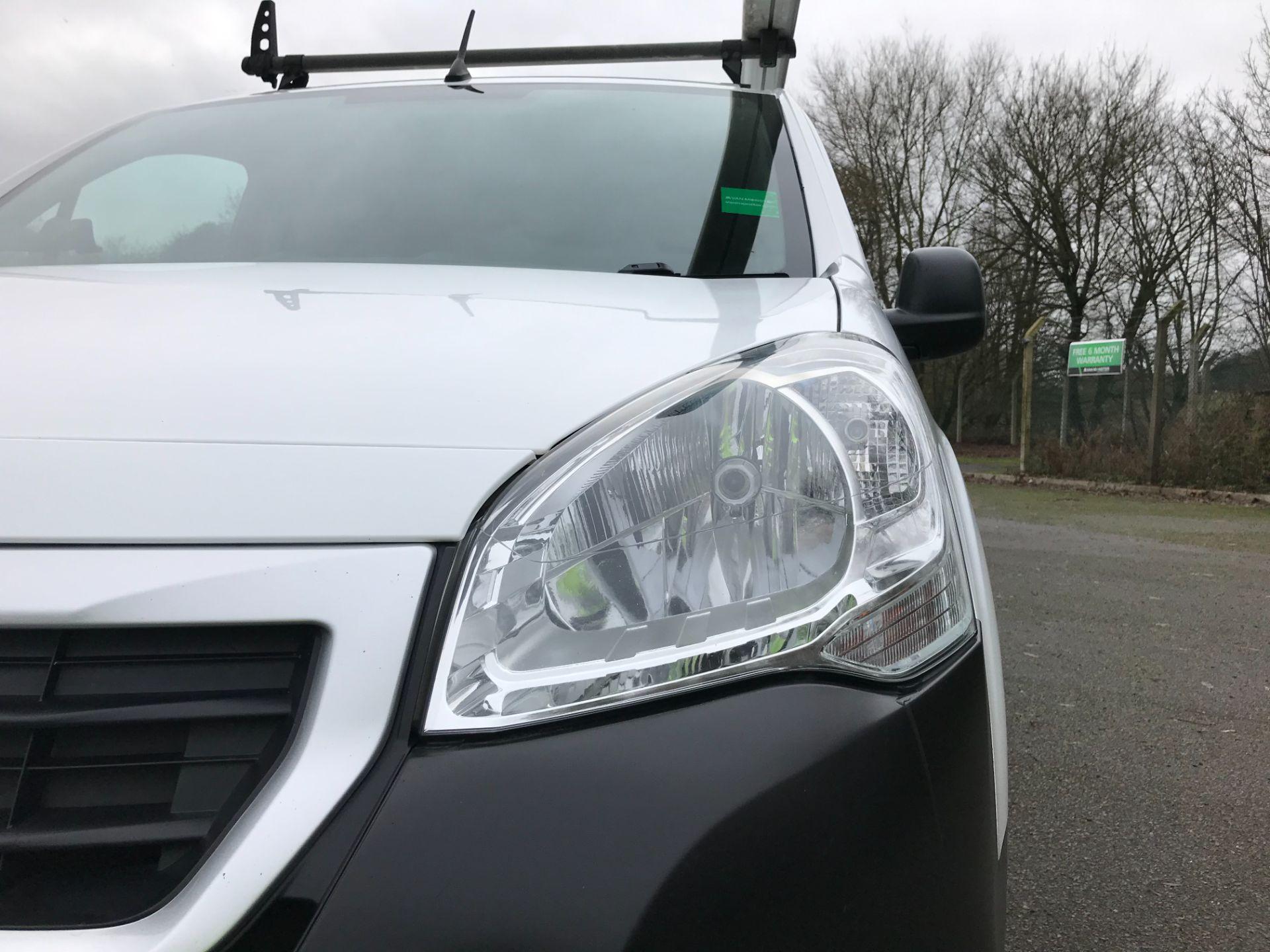 2017 Peugeot Partner L1 850 1.6 BLUEHDI 100 PROFESSIONAL (NON S/S)EURO 6 (NX17TLV) Image 12