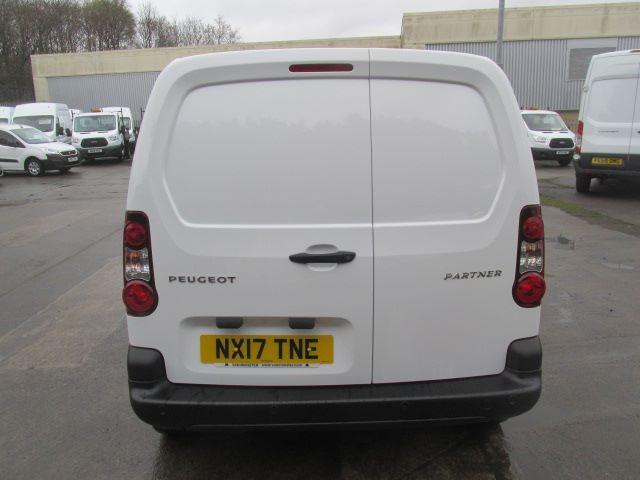 2017 Peugeot Partner L1 850 1.6 Bluehdi 100PS Professional Van [Non S/S] (NX17TNE) Image 6